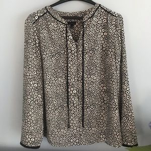Women's Talbots size large button-up blouse
